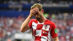 Поне временно Стринич няма да може да играе футбол. Той все още не е направил дебюта си за Милан