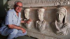 """""""Ислямска държава"""" превзе древния град през май и към момента не е известно да е разрушавала древните римски паметници, въпреки славата си да разрушава паметници, които счита за идолопоклоннически."""