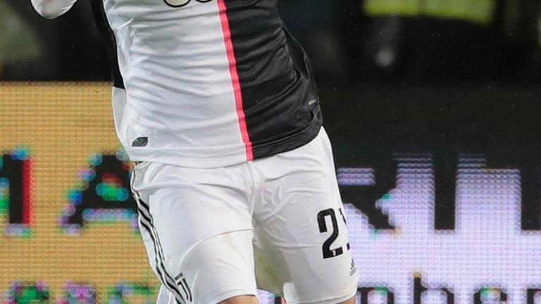 В отсъствието на Роналдо Игуаин вкара два гола, с които обърна резултата в полза на Юве