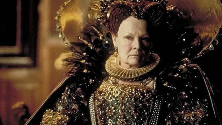 """През 1999 г. Кейт Бланшет и Джуди Денч получават едновременно номинации за ролите си на Кралица Елизабет в """"Елизабет"""" и """"Влюбеният Шекспир"""". Денч печели наградата за най-добра поддържаща женска роля, макар че се появява за около 8 минути в целия филм. Бланшет губи наградата за главна женска роля пред Гуинет Полтроу."""