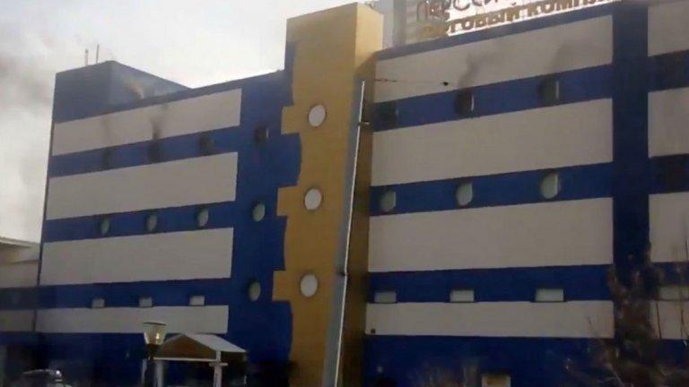 Един човек загина при пожар в търговски център в Москва