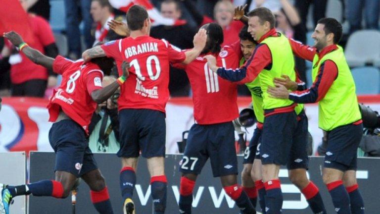 Бившият съперник на Левски в Лига Европа е на път да се върне на върха във Франция след повече от половин век пауза