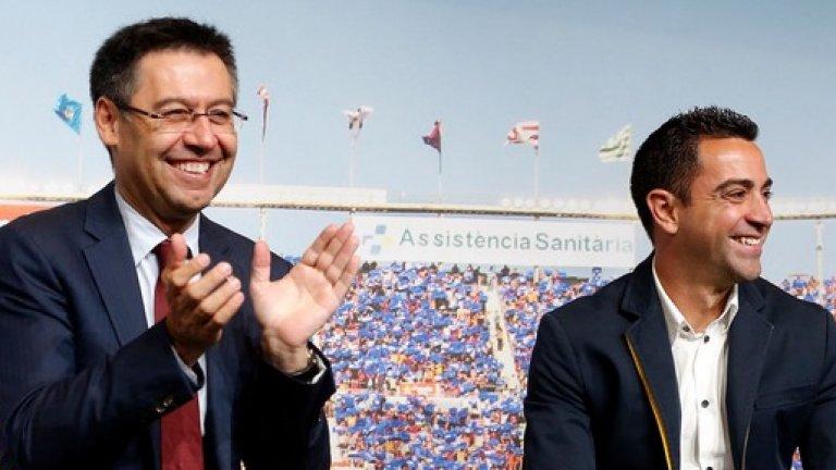 Шави се е разбрал с пратениците на президента на Барселона Джосеп Мария Бартомеу, че ще поеме Барса, но предпочита това да се случи след края на сезона