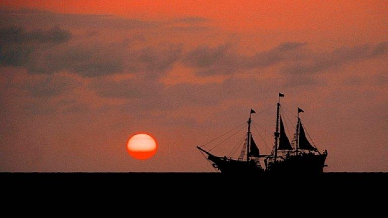 Корабът плава под флага на Маршалови острови