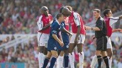 Денис Уайз Легендата на Челси не бе от футболистите с големи габарити, но пък имаше огромно сърце. Той игра в Лестър в периода 2001-2002.