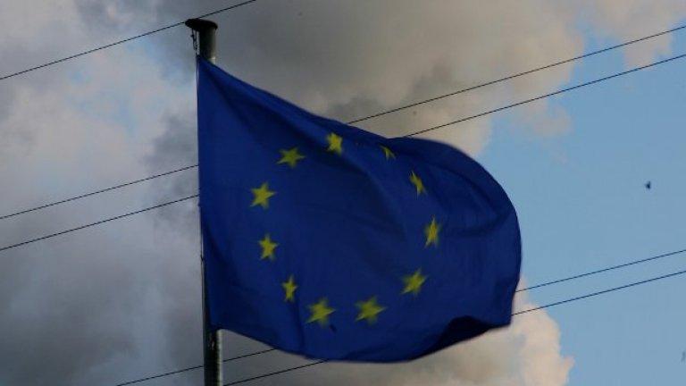Последните случаи с нападения в България са вътрешни въпроси и трябва да си се решат на вътрешно ниво, заяви говорителят на Европейската комисия Марк Грей
