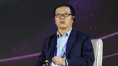 Стрийминг услугата работи по адаптация на фантастичните романи на Лиу Цъсин (на снимката), но сред китайските продуценти се стигна до инцидент, за който вече има и задържан.