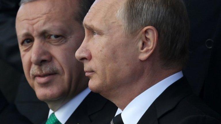 Отношенията между Анкара и Москва са доста обтегнати на фона на инвазията на сирийската армия в контролираните от бунтовниците позиции в провинция Идлиб