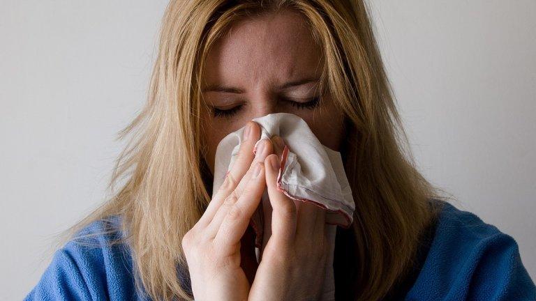 Според проф. Ива Христова обаче грипът тази година се очаква да зарази далеч по-малко хора