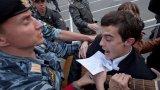 Главният редактор на The Insider е трябвало да замине от Русия в същия ден, в който полицията влиза в дома му за обиск