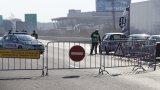 Километрични опашки от автомобили по изходите на София