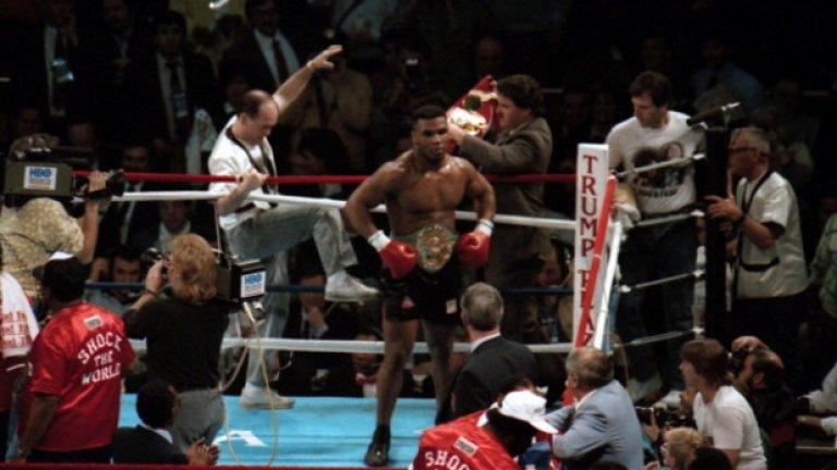 Майк Тайсън Състояние около 300 млн. долара Историята на Железния Майк бележи най-големия фалит в историята на спорта. Легендарният боксьор, чиято житейска история е белязана от страхотни възходи и падения, успява да пропилее всеки долар от огромното си състояние, спечелено чрез боеве и реклами. Oтхапването на ухото на Ивендър Холифийлд струва на Майк три милиона долара, разводът му още 9, а 110-те скъпи колекционерски автомобила, на които той е бил собственик, преди да се наложи да ги продаде, илюстрират малка част от финансовия кошмар, който Тайсън преживява. Наркотици, алкохол и затвор, придружени с пръснати пари за частни самолети и имения са причината за му дълговете му.