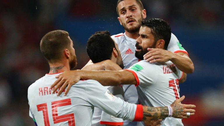 2. Треньорският шок в Испания е отминал  Ако въобще е имало разколебаване в лагера на испанците при шоковата смяна на Хулен Лопетеги, то отмина след снощния мач. Испания показа прекрасен отборен дух и демонстрира, че не зависи от една фигура, какъвто е случаят при португалците. Испанците изглеждат задружни и мотивирани, затова могат да постигнат големи неща на това първенство. Халфовата им линия е способна да установи доминация над почти всеки съперник, докато Диего Коща вече изглежда много по-добре адаптиран към този отбор и ако продължи да играе както срещу Португалия, ще бъде водеща фигура на Мондиал 2018.