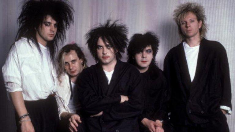 The Cure     Институцията The Cure ще върлуват из европейските сцени през октомври. Гласът на Робърт Смит изобщо не се е променил през годините, макар че някои от последните творби на групата не бяха ласкаво посрещнати от критиците. The Cure обаче остават доказано добри изпълнители на живо и идва време феновете да се убедят още веднъж в това.    Турнето започва през май в САЩ, след което продължава в Австралия, за да стъпи във Великобритания за феставала Isle of Wrigh през септември. Следващият месец са концертите в Скандинавските държави, Германия, Полша и така на юг. Най-близката дестинация е Букурещ на 27 октомври.