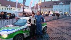 Това е Corsa-та на доктор Христо Попов, с която първо се състезава той, след това големият му син Марио, а сега с нея се надбягва и другият му син Виторио (на снимката). Вижте още в галерията.