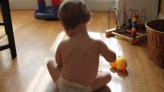 Отровно, горещо, високо, ток: да пазим децата у дома