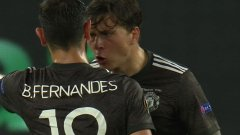 Фернандеш потърси сметка на Линдельоф за втория гол на севилци.