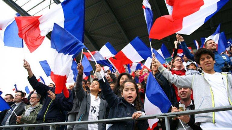 Местните фенове мечтаят за титлата, а покрай Евро 2016 в детските футболни школи бяха инвестирани 40 млн. евро.