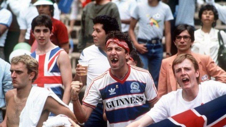 Култова снимка на английски фен с фланелката на Куинс Парк Рейнджърс на Световното през 1986 г.