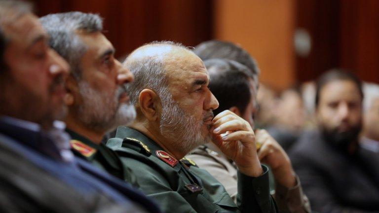 """Командирът на Революционния гвардейски корпус Хосейн Салами (на снимката) коментира, че това е """"началото на формиране на световна сила""""."""