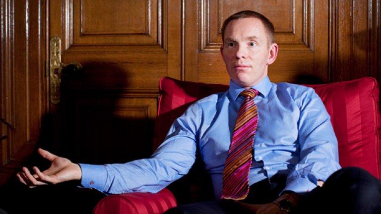 Британският министър Крис Браянт също не крие различната си сексуалност