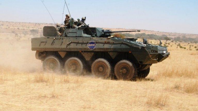 Сухопътните сили искат доставката на 100 – 120 бронирани бойни машини, като този Rosomak на снимката
