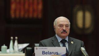 Това става на фона на засиленото напрежение между ЕС и Александър Лукашенко
