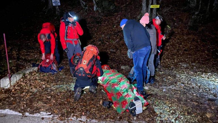 Три отделни акции, седем спасени туристи и един починал алпинист само за първите два дни на 2021-а