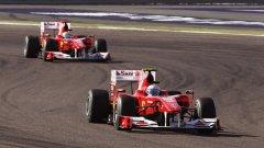 Новите двигатели на пилотите на Ferrari свършиха