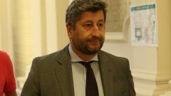 """Според него решението за подкрепата на кабинета ще се вземе на заседание на ПГ на """"Демократична България"""""""