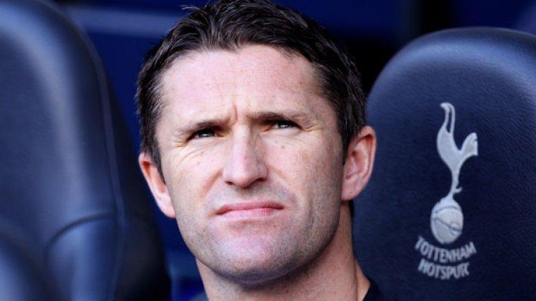 """7. Роби Кийн – от Тотнъм в Ливърпул – 24 млн. евро Тотнъм загуби двамата си големи нападатели в едно и също лято. Бербатов пое към Манчестър, а Кийн – към Ливърпул. Ирландецът вкара само седем гола в 28 мача за """"червените"""", след кото игра за редица отбори, прекара пет години в ЛА Галакси, а за последно бе в индийския АТК."""