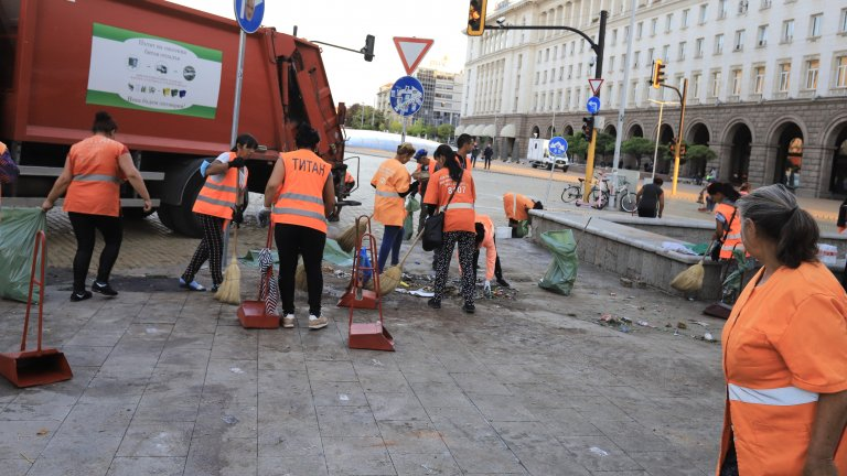 Вдигнаха блокадата на Орлов мост и Ректората
