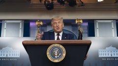 За разлика от други световни лидери, които осъдиха нападението над руския опозиционен политик, американският президент не зае категорична позиция спрямо Русия