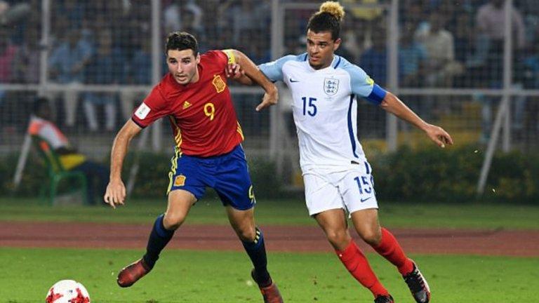 Абел Руис - 18-годишен, нападател (Барселона) Рекордьор по голове с националния отбор на Испания до 17 години с 27 гола. Пристигна в Ла Масия на 12 от Валенсия и се представя отлично в състава на Барселона Б. Помогна на Барса да спечели юношеската Шампионска лига, отбелязвайки на финала срещу Челси.