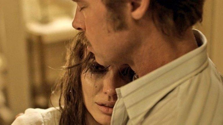 """Последният й режисьорски филм """"Край морето"""" беше семейна драма, която не се прие добре въпреки участието на звездната двойка Джоли-Пит"""