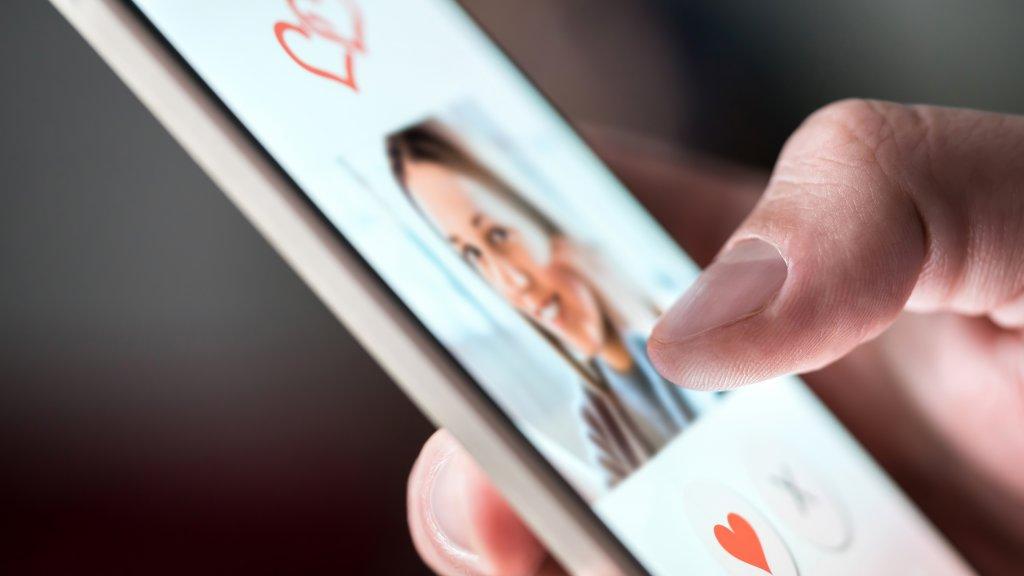 Номера запознанства с телефони Жени търсят