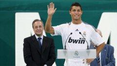 Привличането на Роналдо и Кака помогна на президента на Реал (М) Флорентино Перес да задържи клуба на върха по приходи в света за пета поредна година