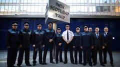 """Централата на британската полиция ще се превърне в жилищен комплекс, а униформените, наричани на жаргон """"бобита"""", ще запазят само въртящият се метален куб пред Скотланд Ярд"""