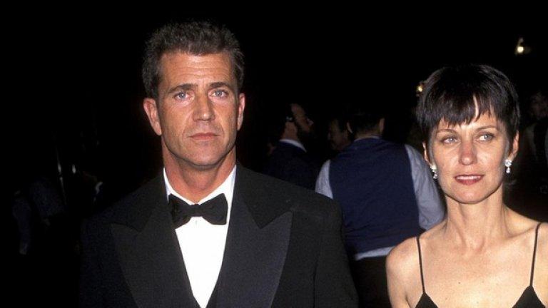 """Мел Гибсън и Робин Мур Когато Мел Гибсън и Робин Мур се разведоха след 28 години брак през 2011-та, носителят на """"Оскар"""" трябваше да се раздели с половината от своите 850 млн. долара в името на свободата."""