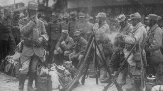 Българското посрещане на френски, ирландси и британски дивизи в Македония през Първата Световна война