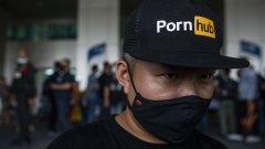 Тайландци не са доволни от правителствената забрана на сайта за възрастни
