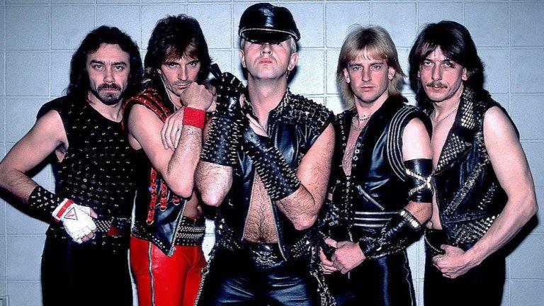 Judas Priest (1969)  Всъщност се оказват пионери в доста различни поджанрове на метъла и успяха да вдъхновят безброй метъл изпълнители. Priest изместиха настрана блус влиянията в тежката музика и добавиха скорост, сурови вокали и характерна визия с кожени облекла – жизненоважни аспекти от формирането на траш метъла.