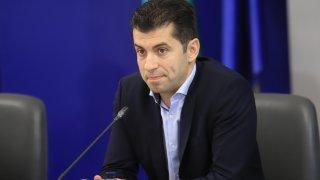 Сумите за реновирането са изплатени на 100%, но реновирането не е изпълнено, обяви служебният министър на икономиката