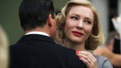 """""""Керъл""""/Carol  Осем години след излизането на нетрадиционната биография на Дилън """"Няма ме"""", Тод Хейнс се събира отново с Кейт Бланшет за следващия си проект. Toва е адаптация по роман на Патриша Хайсмит. Действието се развива през 50-те години. Филмът би застанал уверено до драмата на режисьора от 2002 """"Далеч от рая"""". Историята е за любовна връзка между омъжена жена и служителка в универсален магазин (Руни Мара). Като се има предвид, че снимките приключиха още миналия април, има много голяма вероятност тази година филмът да е в конкурсната програма"""
