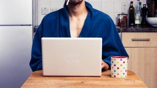 Лошите навици, които развихме, докато работим от вкъщи
