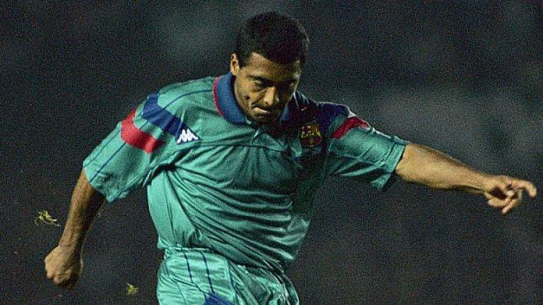 Ромарио (1993-95) Звездата на световните шампиони от 1994-а се задържа кратко в Барселона, но е обичан истински и до днес. Ромарио вкара 30 гола в 33 мача в първата си кампания, а общо има 53 попадения в 82 срещи. През 1995-а се завърна в родината си, за да облече екипа на Фламенго.