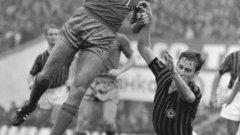 През 1968 г. Левски се пада да играе за втора поредна година с Милан, но заради събитията в Чехия излиза срещу Ференцварош.