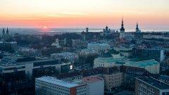 Новата отворена политика на Талин изненадва мнозина