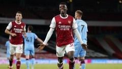 Арсенал измъкна инфарктна победа в дербито