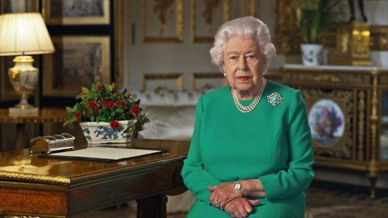 Приходите от имотите на короната падат, но субсидията за служебните дела на кралското семейство - не